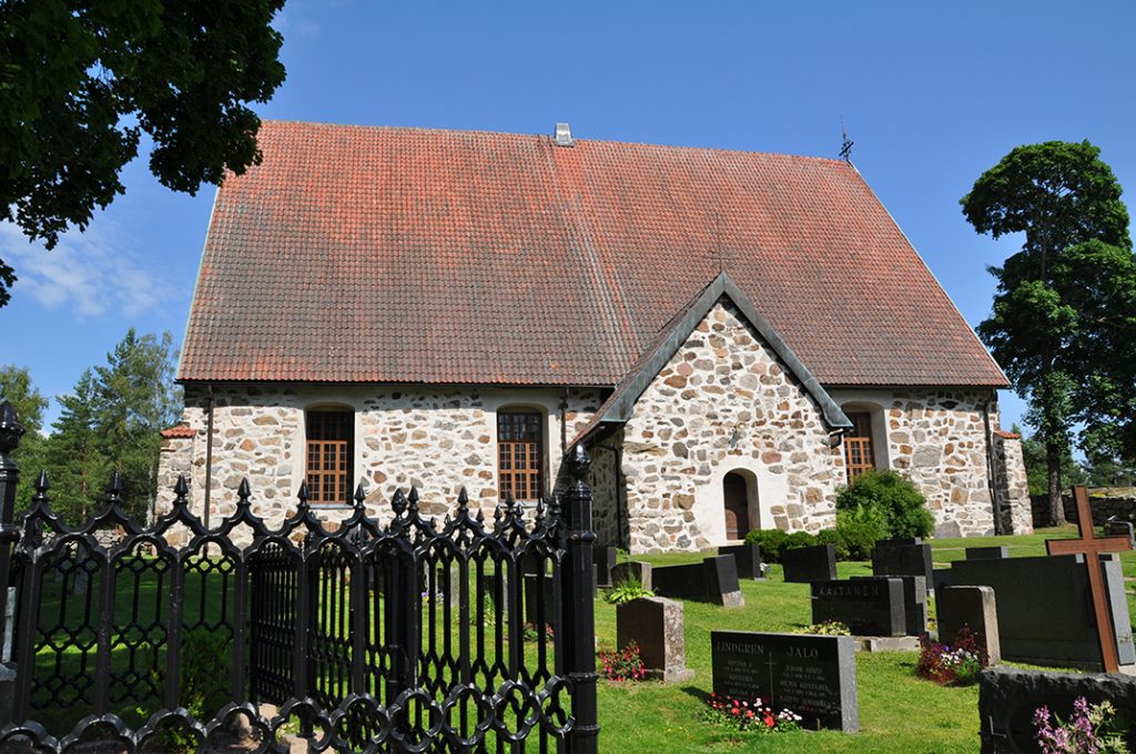 Lemun keskiaikainen kirkko